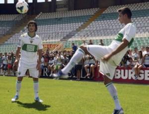 Stevanovic y Manu del Moral, del Elche. FOTO:ligabbva.com