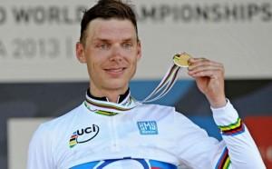 Tony Martin recoge la medalla de oro