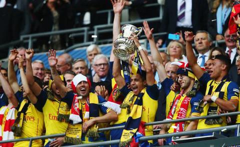 El Arsenal, campeón en 2015, es el que equipo con más Copas ganadas.