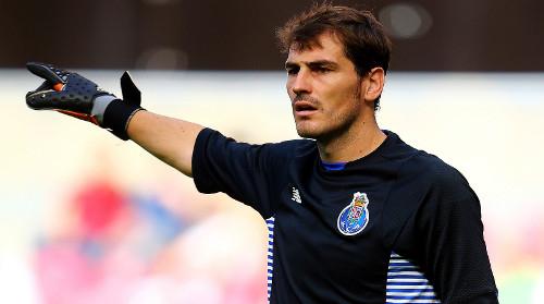 Casillas, el jugador con más partidos jugados en Champions.