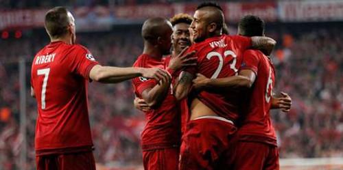 Los futbolistas del Bayern Munich celebran un gol.