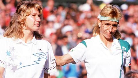Steffi Graf, junto con una de sus grandes rivales, Navratilova.