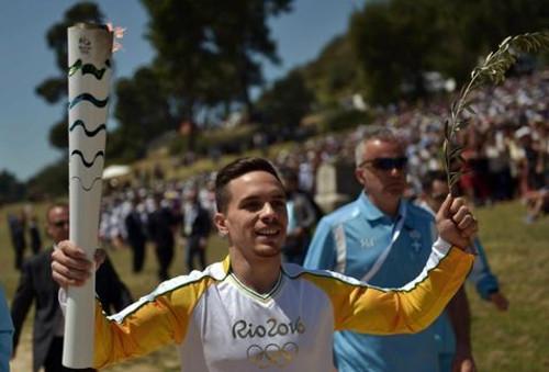 Primer relevo de la antorcha olímpica de Río 2016