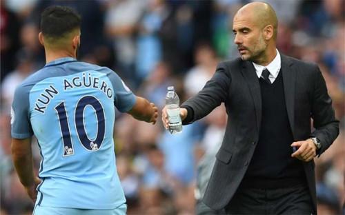 Agüero y Guardiola, piezas claves en el Manchester City.