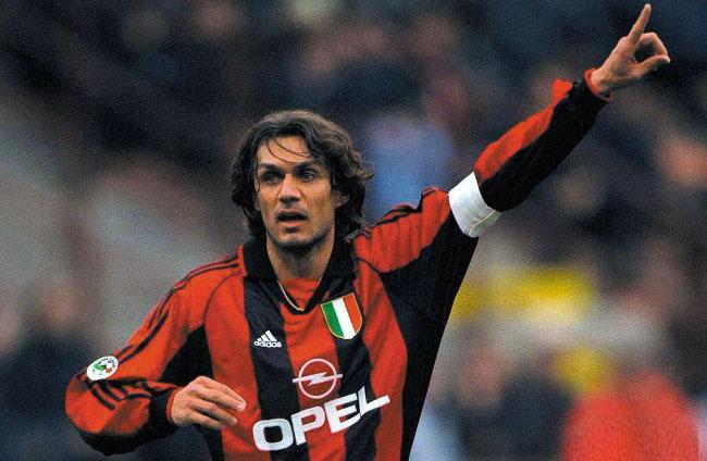 Paolo Maldini: la defensa llevada a otra dimensión